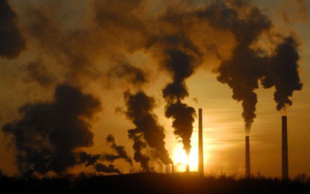 Unione Europea: permessi per la CO2 al record dal 2008