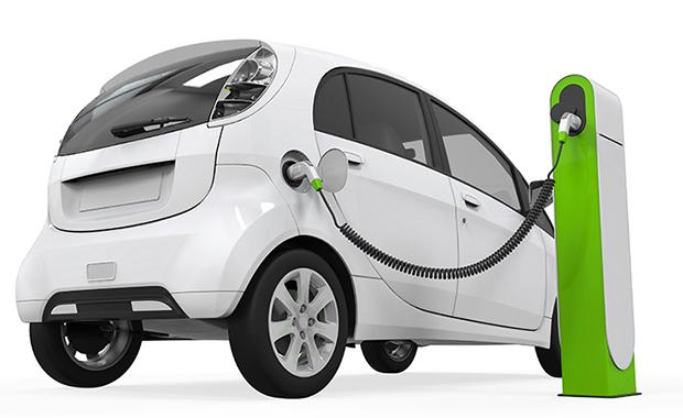 Previsione di Bloomberg: nel 2037 verranno vendute più auto elettriche che termiche