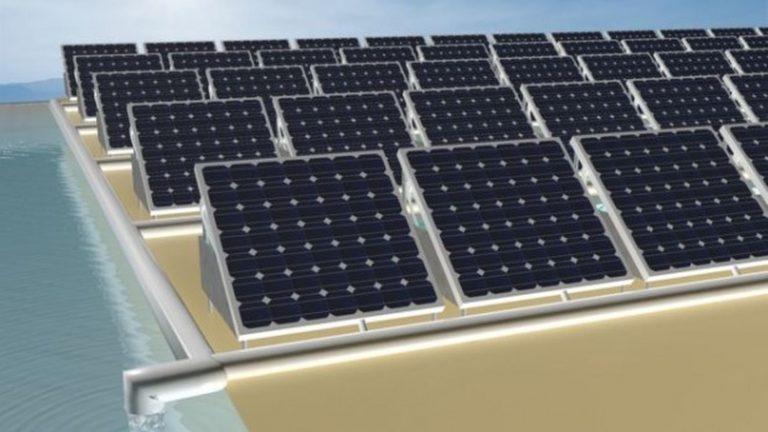 Dall'Arabia il dispositivo fotovoltaico che produce acqua purificata