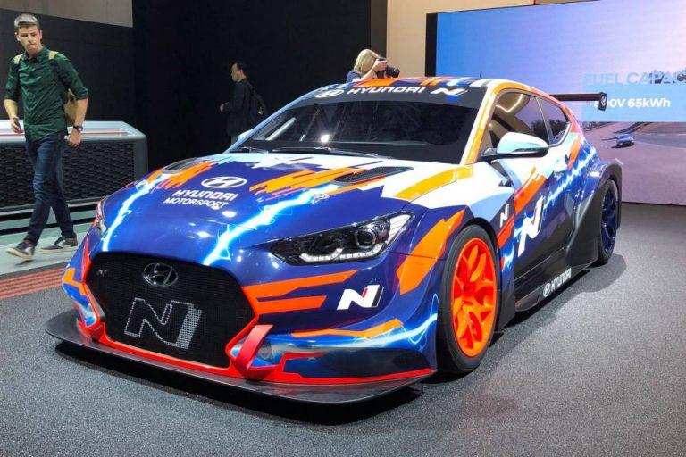 Hyundai ha presentato a Francoforte la sua prima auto da corsa elettrica
