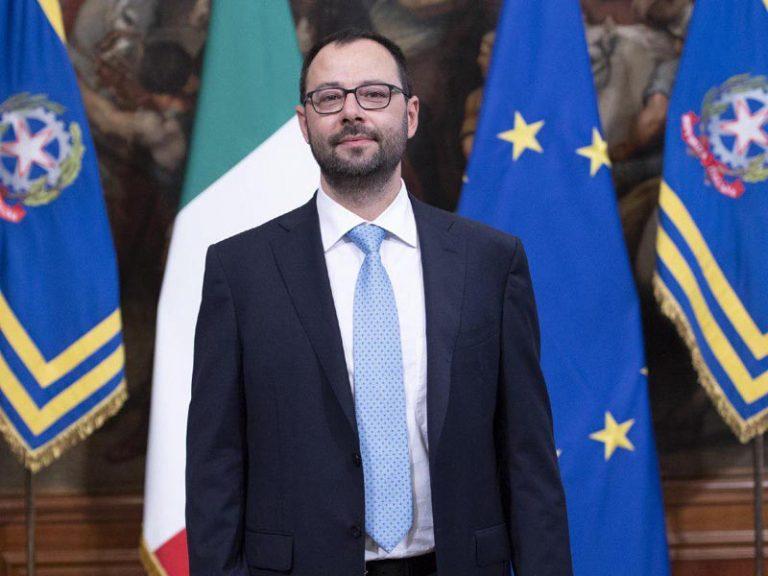 Rinnovabili e FER2: lettera aperta dell'associazione FREE al ministro Patuanelli