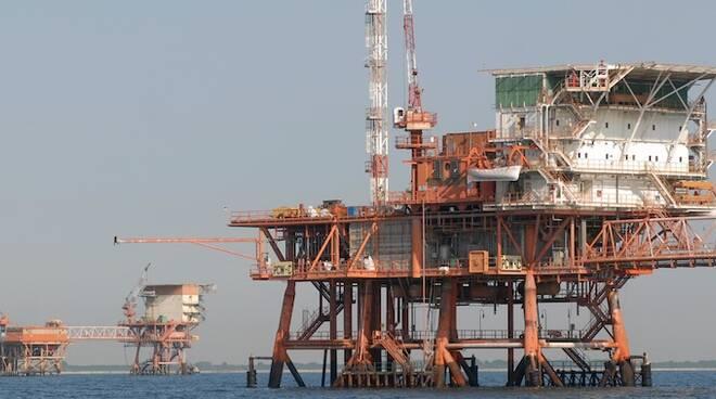 Estrazioni di gas e petrolio, la protesta delle associazioni ambientaliste
