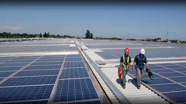 SMA, previsti in Italia oltre 24.000 nuovi posti di lavoro nel settore fotovoltaico