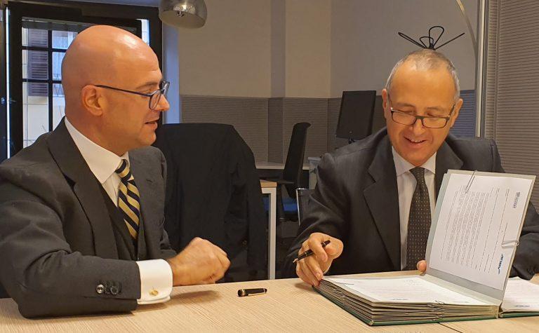 Settore elettrico: siglato il protocollo d'intesa tra Elettricità Futura e ANEV
