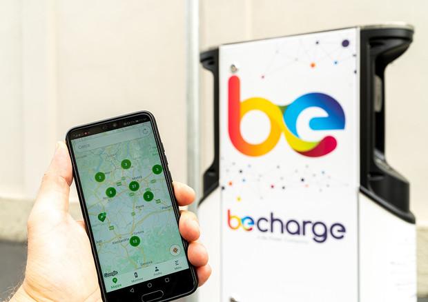 Mobilità elettrica, accordo Iren Mercato-Be Charge per stazioni ricarica a Torino
