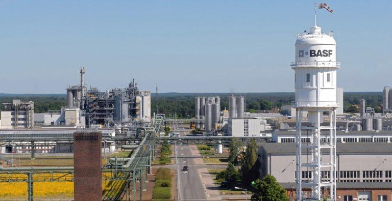 BASF, in Germania e Finlandia nuovi impianti per batterie veicoli elettrici