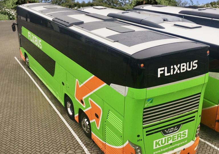 Progetto pilota, FlixBus integra pannelli fotovoltaici sugli autobus