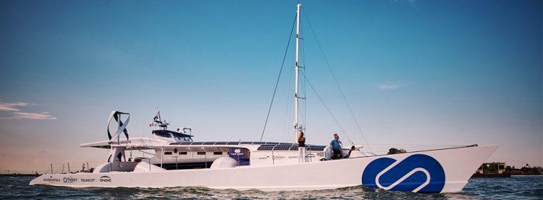 Le celle a combustibile di Toyota per il catamarano alimentato a idrogeno
