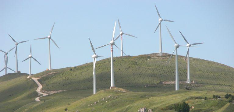 Eolico in Europa, dati positivi ma non ancora in linea con obiettivi Green Deal