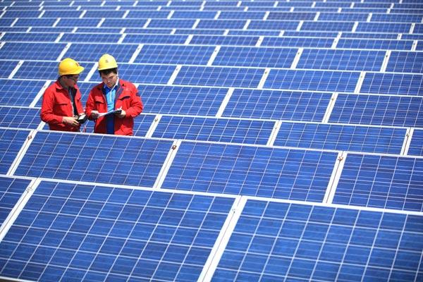 Coronavirus, Bloomberg rivede le previsioni sul fotovoltaico per il 2020