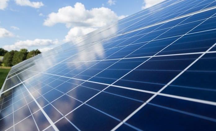 Fotovoltaico: nuovo record di conversione della luce vicino al 50%