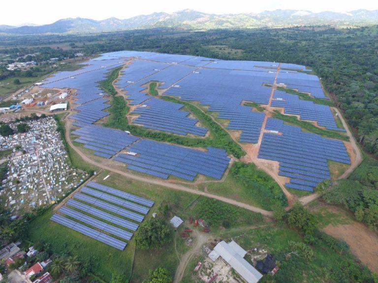 Fotovoltaico: nella Repubblica Dominicana nasce il più grande parco dei Caraibi