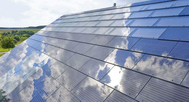 """Tesla Solar Gateway, il """"cervello"""" che gestisce i tetti fotovoltaici"""