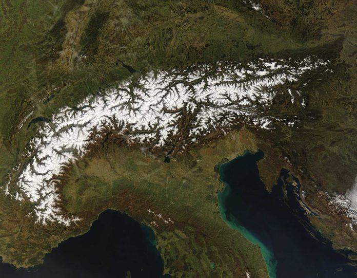 Eurac Research: meno neve nel 78% delle aree montane nel mondo