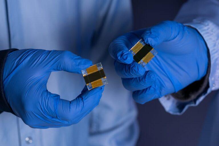 Nuova cella solare che produce idrogeno con un'efficienza del 17,6 per cento