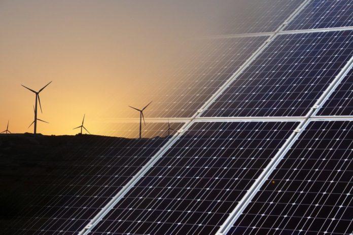 Green Deal, l'Europarlamento promuove lo stoccaggio delle rinnovabili