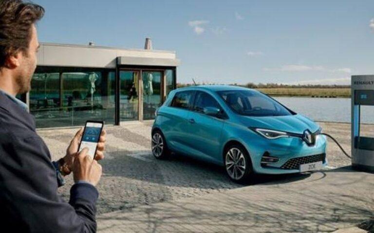 Mobilità elettrica: una Renault Zoe a ogni famiglia di un borgo francese