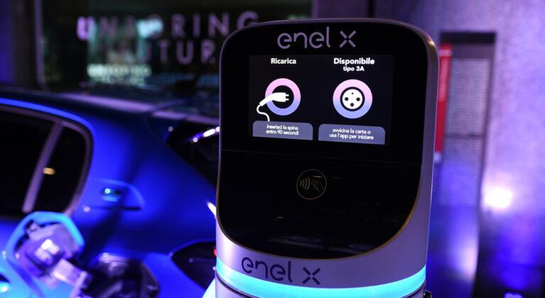 Volvo, accordo con Enel X per la ricarica delle auto elettriche