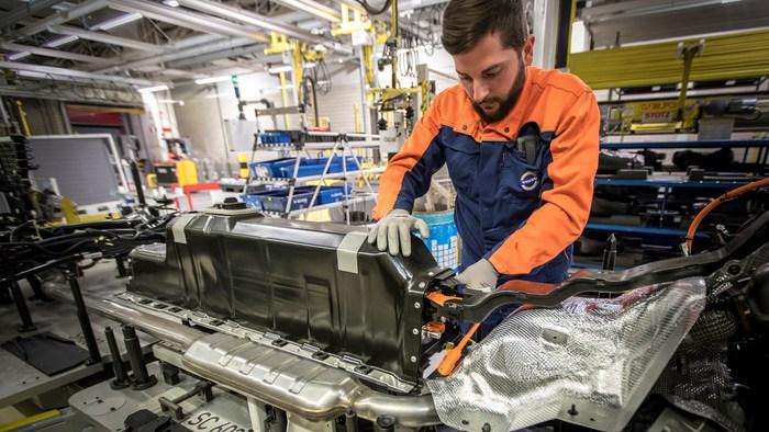 L'Unione europea lancia piano su materie prime per ripresa economica