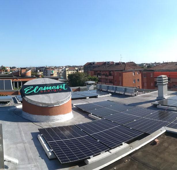 IdeeGreen installa un impianto fv sul tetto della propria sede