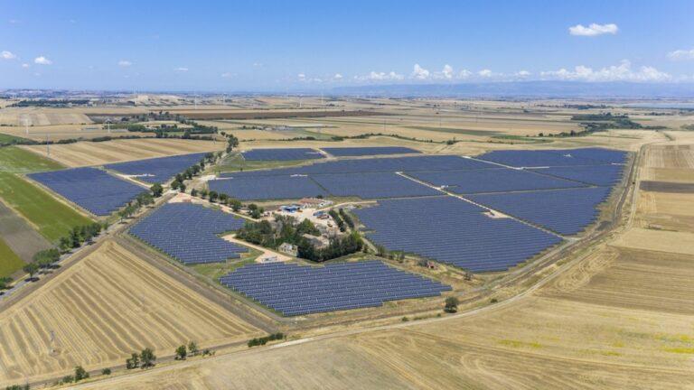 Positivi i test di performance del parco FV di European Energy e Siemens