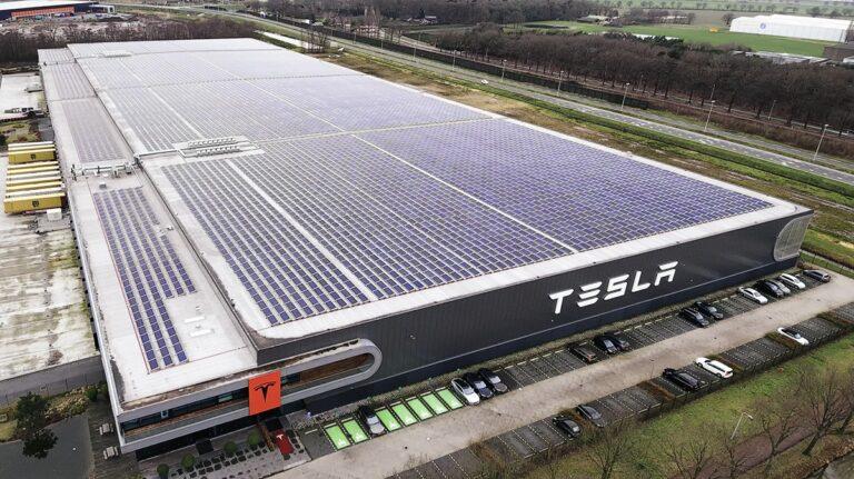 Tesla, a Berlino la più grande Gigafactory di batterie al mondo
