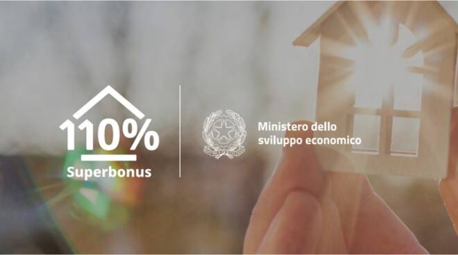 Superbonus, il sondaggio di Italia Solare evidenzia le difficoltà burocratiche