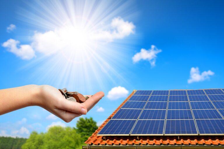 Regione Lombardia, 8 mln in 2 anni per fotovoltaico in case Aler