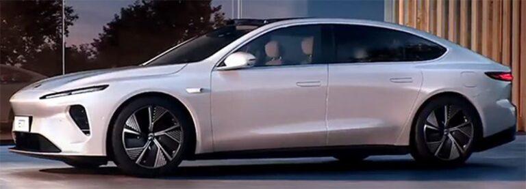 Auto elettrica, NIO lancia la sfida a Tesla con super batteria