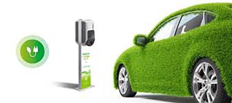 Legge di Bilancio, in autostrada obbligatorie le colonnine di ricarica per auto elettriche