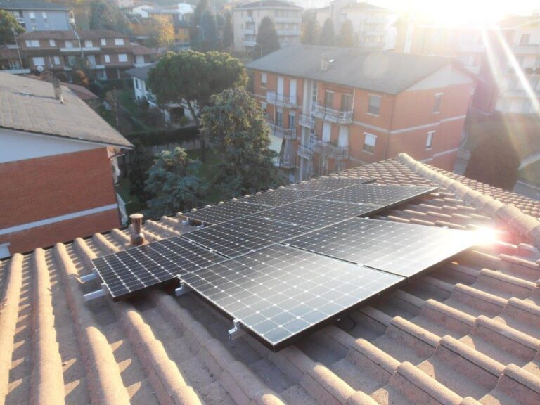 SMA, fotovoltaico sul tetto condominiale anche in pieno centro città