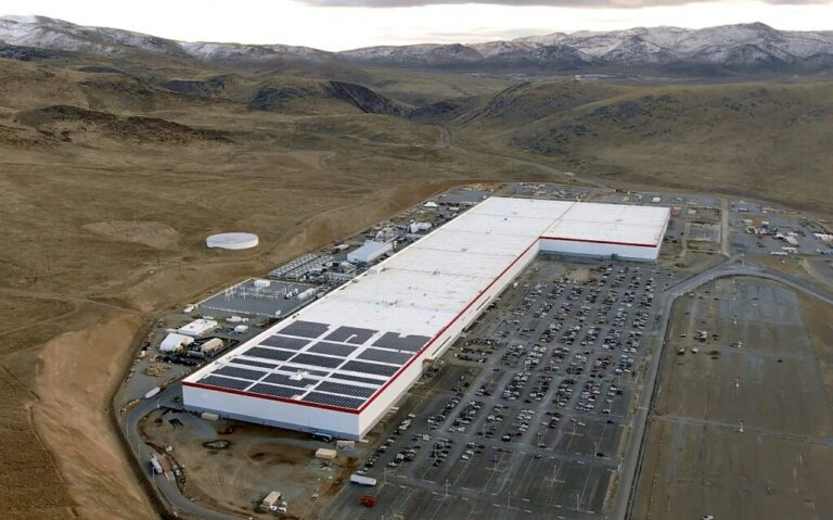 Fotovoltaico, nasce a Catania la Gigafactory di Enel Green Power