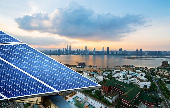 Singapore combatte le emissioni di  Co2 con i pannelli solari nel mare