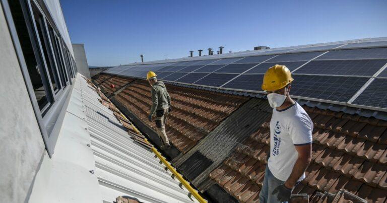Superbonus 110%, si al FV sul tetto del fabbricato adiacente