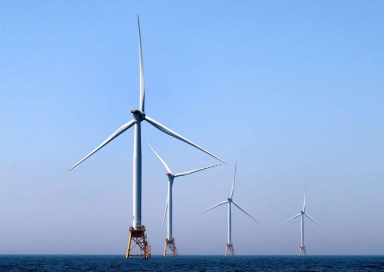 Usa, primo parco eolico offshore al largo della costa del Massachusetts