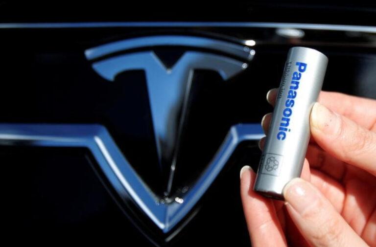 Panasonic, vendute le azioni Tesla ma confermata partnership con Musk