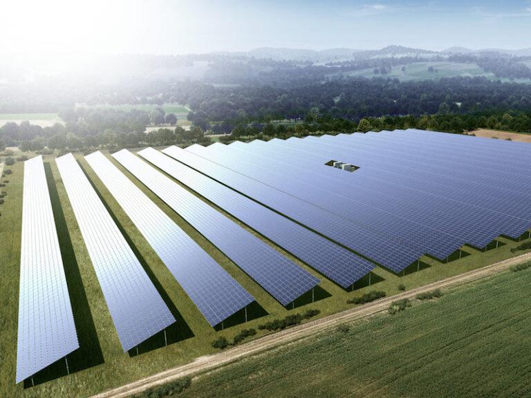 Agrivoltaico, Falck Renewables sigla accordi con Ferrero e Solvay