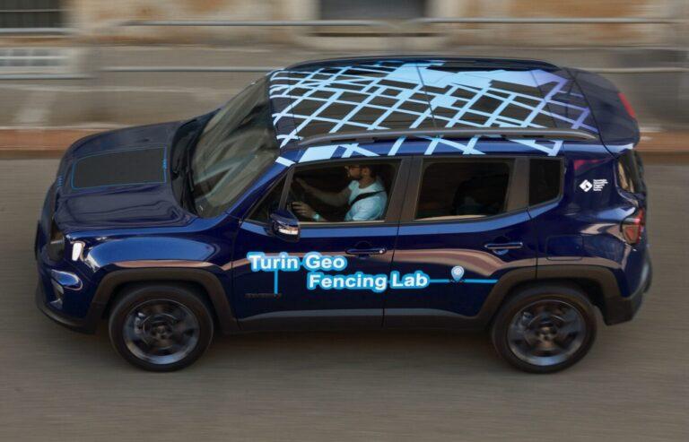 L'auto ibrida diventa elettrica in Ztl grazie al progetto Turin Geofencing Lab