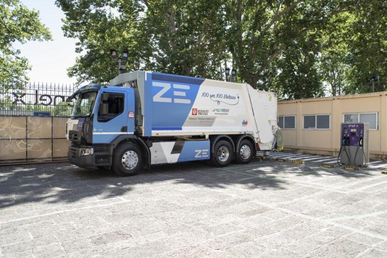Enel X e Renault Trucks, accordo per lo sviluppo della mobilità elettrica in Italia