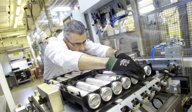 Stellantis apre a Termoli la gigafactory di batterie