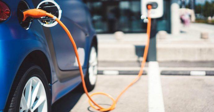 Acea: raddoppiano le immatricolazioni di auto elettriche in Europa