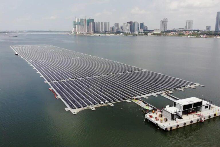 FV galleggiante, Singapore verso la sostenibilità con mega impianto