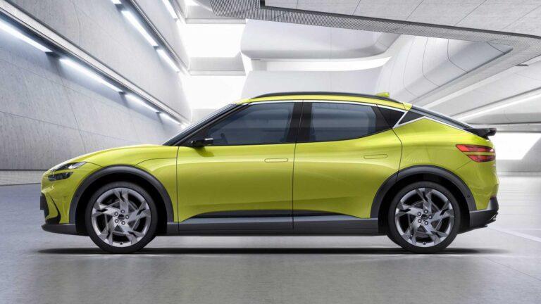 Hyundai, prima auto elettrica con ricarica wireless della batteria