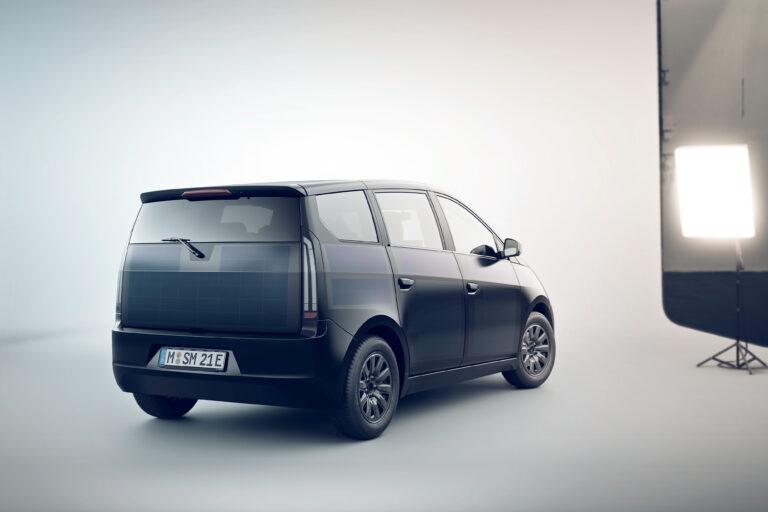 La city car di Sono Motors si trasforma in centrale elettrica grazie a una wallbox