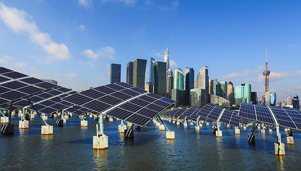 La Cina annuncia progetto da 100 GW per eolico e solare nel deserto